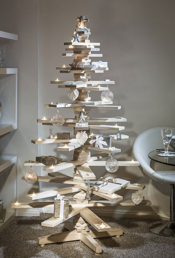 diy-chirstmas-tree-designs-recycling-holidays-13