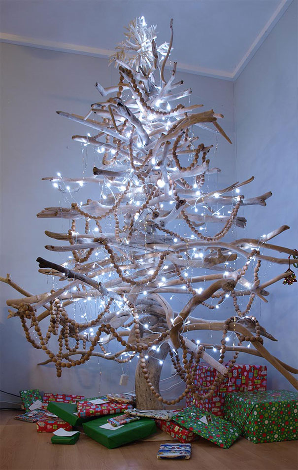 diy-chirstmas-tree-designs-recycling-holidays-4